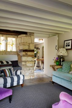 Mullions: a country retreat project in the Cotswolds by Caroline Holdaway Design Cottage Living, Cotswold Cottage Interior, Cotswolds Cottage, Home, Cottage Decor, House, Cottage Homes, English Decor, Country Cottage Decor