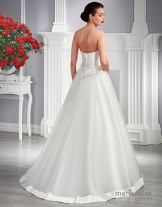 vestido de novia ARNEB