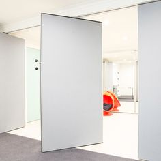 Slimline entry level movable wall VariSmart™ is the new entry level movable wall by DORMA. VariSmart™ is a slimline high quality product designed with the end user in mind. Engineered in Germany, VariSmart™ is perfect for educational facilities, public buildings or any environment where space is premium. #DORMA #DORMAMovableWall #OperableWall