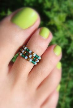Pine Green, Copper, Mint Green Bead Toe Ring by FancyFeetBoutique , $2.50 Turquoise Glass, Turquoise Rings, Soleless Sandals, Unique Rings, Unique Jewelry, Green Copper, Toe Rings, Topaz Ring, Mint Green