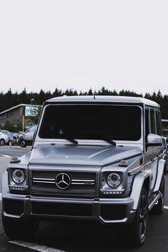 Best Dubai Luxury And Sports Cars In Dubai : Illustration Description Mercedes G wagon – Read More – Mercedes G Wagon, Mercedes Auto, Mercedes Classic Cars, Mercedes Benz G Class, Mercedes G500, Auto Design, Design Autos, Maserati, Bugatti