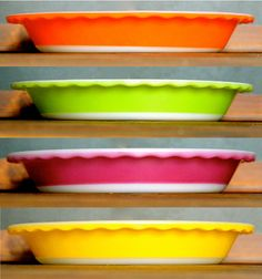 Crown Pyrex pie dishes small