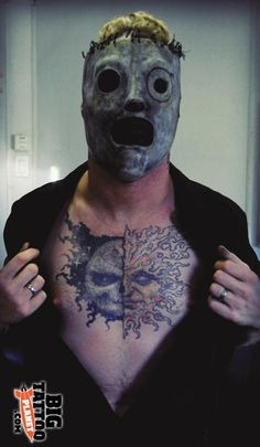 We are the pulse of the maggots! Corey Taylor Tattoos, Slipknot Corey Taylor, Slipknot Tattoo, Slipknot Band, Heavy Metal Music, Heavy Metal Bands, Craig Jones, Paul Gray, Grunge