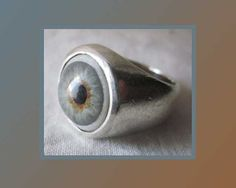 Got My Eye on You-Mans Surreal Sterling Silver Ring with Glass Eye,Vintage Jewelry,Men/Unisex