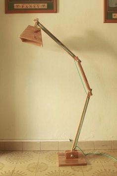 lampara de pie en madera - diseño, regulable, interior.
