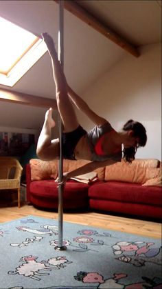 Pole Dance Russian Fish Intermediate