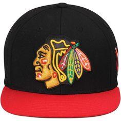 Mens Chicago Blackhawks Reebok Black/Red 2015 Winter Classic Snapback Adjustable Hat