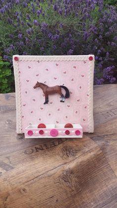 Wohnaccessoires - Bild mit Pferd & Aufbewahrungskästchen - ein Designerstück von My-Sweet-Bambiente bei DaWanda
