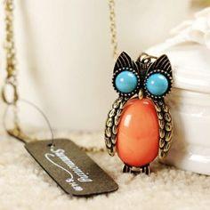 Vintage Style Rhinestone Owl Necklace #Halloween #owl #jewelry www.loveitsomuch.com