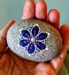 40 DIY Mandala Stone Patterns To Copy | Rock Crafts ...