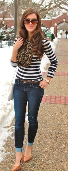 Stripe with leopard scarf. Plus red shoes