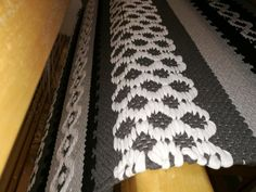 Sannan matto - Elinan Erikoiset - Vuodatus.net Rya Rug, Woven Rug, Animal Print Rug, Weaving, Rugs, Home Decor, Rug Weaves, Farmhouse Rugs, Knit Rug