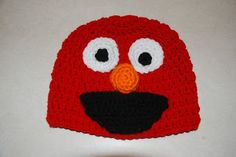 free elmo hat pattern, http://amray1976.blogspot.com/2012/12/crochet-elmo-hat.html