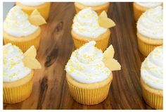 yummy bridal shower cupcakes!
