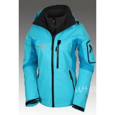 The North Face Women's Gore-Tex 3 in 1 Triclimate Jacket