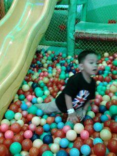 Tian play shower ball