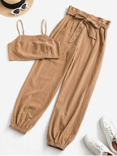 Cute Lazy Outfits, Crop Top Outfits, Simple Outfits, Pretty Outfits, Stylish Outfits, Cool Outfits, Girls Fashion Clothes, Teen Fashion Outfits, Style Fashion