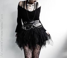 Black Widow Sanctuary: Date of Birth Dark Fashion, Gothic Fashion, 90s Fashion, Fashion Outfits, Gothic Outfits, Edgy Outfits, Pretty Outfits, Alternative Outfits, Alternative Fashion