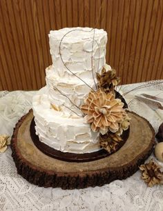 "TREASURY ITEM - 18""  Rustic Oak Tree  Slice  - Rustic Wedding Cake stand - Wedding guest book  - Home decor - Centerpiece. $85.00, via Etsy."