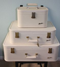 Starline by Lady Baltimore 3 piece vintage luggage suitcase set white w/keys