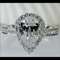 New 5 gold plated simulated diamond ring New with box condition. Size 5. 18k gold plated. Zirconium inlay simulated diamond. Jewelry Rings