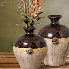 Que tal este par de vasos para dar aquele toque rústico na decoração do seu ambiente?