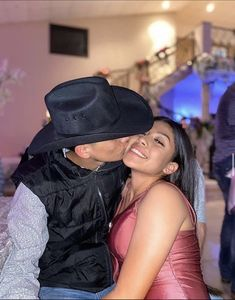 Cute Country Couples, Cute Country Outfits, Cowgirl Style Outfits, Rodeo Outfits, Cute N Country, Cute Couples Goals, Couple Outfits, Couple Goals Relationships, Relationship Goals Pictures