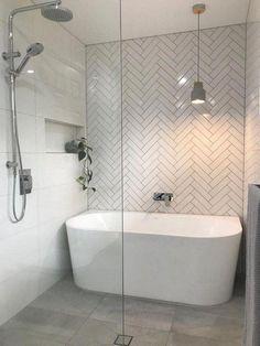 65 Modern Bathroom Renovation on a Budget - Bathroom ideas Modern Bathroom Renovations, Bathroom Remodel Shower, Bathroom Interior Design, Budget Bathroom Remodel, Elegant Bathroom, Modern Bathroom, Bathroom Renovations, Luxury Bathroom, Beautiful Bathrooms