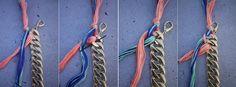 ③通した糸(赤)の上に2番目の糸(青)を置き、同じ穴に、最初の糸と同じように下から上へ通します。引き出した糸の上に次の糸を置き、次の穴に同じように通していきます。これを繰り返します。
