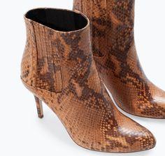 Stivali invernali 2015: bassi, flat ma soprattutto caldi stivali invernali 2015 Zara