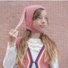 Wild combinations here on @sharoncmodel regram @teenfr #kidsfashion #ministyle #kidstyle #teenstyle #teenfashion #fashionkids #coolkids photo @rachellesimoneau