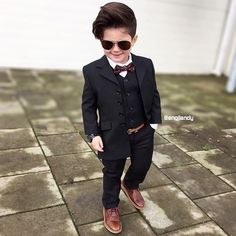 via menstylica | source Boys Dress Outfits, Outfits Niños, Boys Summer Outfits, Toddler Boy Outfits, Kids Outfits, Baby Boy Dress Clothes, Cute Kids Fashion, Little Boy Fashion, Baby Boy Fashion