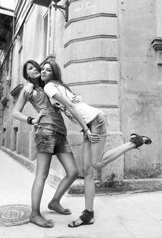 Citadel girls / Baku Baku Azerbaijan, The Republic, Continents, Asia, Europe, World, The World