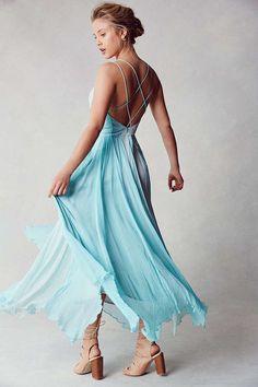 Kimchi Blue Waterfall Chiffon Maxi Dress - Urban Outfitters