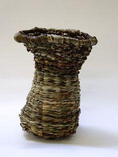 In the Forest - The Art of Weaving Material: Dianella tasmanica, Lomandra longifolia. Technique: Twining. 12 cm tall. #Weaving #Baskets #WeavingBasket #Art