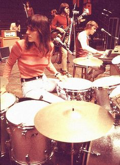 February 4, 1983: Singer Karen Carpenter dies at 32 from heart failure caused by complications of anorexia nervosa. Carpenter's death led to increased visibility and awareness of the eating disorder.
