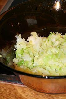 Mona's kjøkken, for det meste uten gluten, melk og egg: Svensk kålsalat Cabbage, Gluten, Eggs, Vegetables, Food, Essen, Cabbages, Egg, Vegetable Recipes