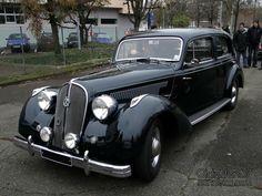 hotchkiss-686-artois-1948-1950-01 Antique Cars, Automobile, Black Cars, Blog, Vehicles, Passion, Art, Cars, French People