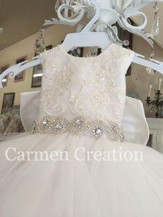 Belle Dress Kids, Flower Girl Dress Shoes, America Girl, Bride Flowers, Communion Dresses, Wedding With Kids, Bridesmaid Dresses, Wedding Dresses, Girl Doll Clothes