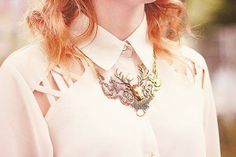 ~what a cute reindeer necklace~
