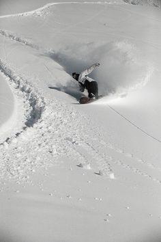 #LL @LUFELIVE #thepursuitofprogression Snowboard