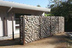 STUDIO-ANDERSON-ARCHITECTS-PAUMA-VALLEY-COUNTRY-CLUB-GABION-WALL