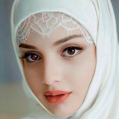 How Beautiful muslim women face pictures congratulate