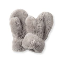 Incredibly soft and comfortable, these thick faux fur mittens are sure to keep your hands toasty on your commute.