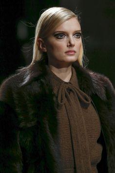 Rochas Fall 2015 Ready-to-Wear Fashion Show Details
