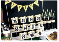 The Super Bowl will be on in a few hours so I thought I would go ahead and share some sweet treats worth cheering for. That is if you are a Pittsburgh Steelers fan. Football Banquet, Steelers Football, Football Food, Football Decor, Football Parties, Soccer Party, Sports Party, Bakerella, Football Birthday
