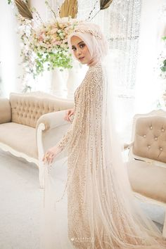 Muslim Wedding Gown, Malay Wedding Dress, Kebaya Wedding, Muslimah Wedding Dress, Disney Wedding Dresses, Pakistani Wedding Dresses, Wedding Attire, Bridal Dresses, Wedding Hijab