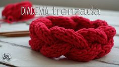Vincha o diadema con trenza en relieve en 2 agujas / English subtitles - knittings headband Crochet Crafts, Knit Crochet, Knitting Videos, Bobbin Lace, Handicraft, Raspberry, Diy And Crafts, Crochet Patterns, Food