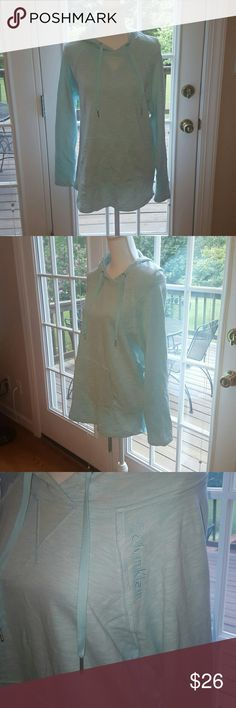 Calvin Klein mint cotton oversized hoodie M Perfect for pre or post workout wear.  Calvin Klein mint green cotton oversized hoodie. Size medium. Cotton blend, inside is a very thin Terry material. Bundle and save!!! Calvin Klein Tops Sweatshirts & Hoodies