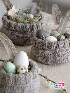 Easter with chicken . another Easter basket . another Easter basket . chicken Easter basket Easter other makeup DIY Easter Gift, Easter Crafts, Happy Easter, Easter Party, Diy Osterschmuck, Diy Ostern, Navidad Diy, Diy Easter Decorations, Spring Crafts